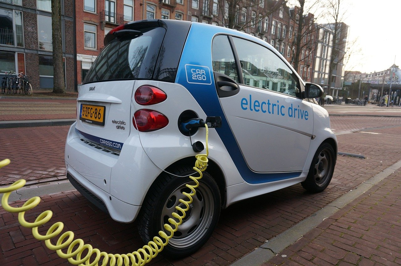EV Manufacturers Shifting towards Reliance on Market Trends